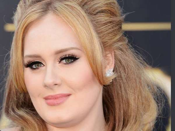 Adele dan Gaunnya yang Super Berat