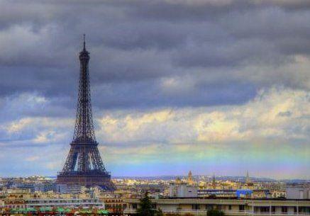 Langka! Pelangi Horizontal Muncul di Langit Paris