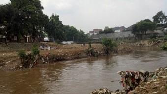 Apa Kabar Program Normalisasi Sungai Jokowi?