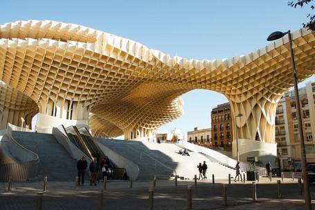 Ini Dia Bangunan Kayu Terbesar dan Terkeren Sedunia