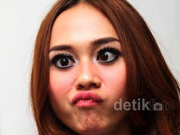 Muka Jelek 10 Selebriti Cantik Indonesia
