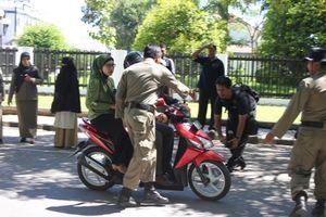 Puluhan Perempuan di Lhokseumawe Terjaring Razia Duduk Ngangkang di Motor