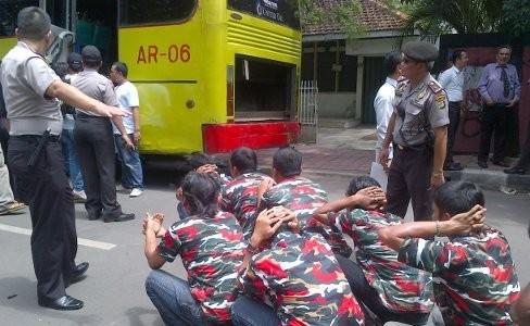 Polisi Tahan 149 anggota Laskar Merah Putih di Tanjung Duren