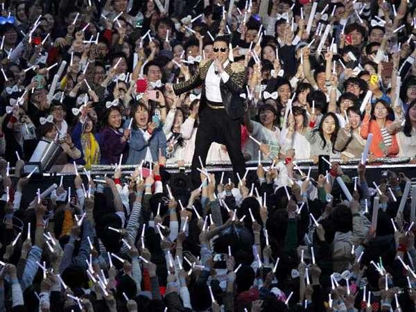 Kemeriahan Konser Happening Psy di Korea