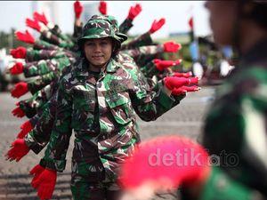 Cantik dan Tangguh Wanita TNI-Polri