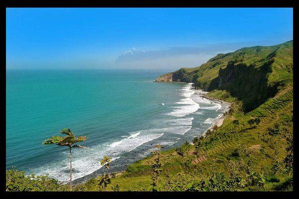 Pantai Menganti, seperti Selandia Baru bukan?
