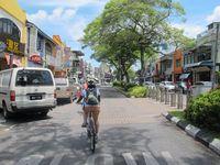 Kawasan Chinatown adalah salah satu tempat favorit turis di Kota Kuching. Bersih, nyaman, lengkap! (Sastri/ detikTravel)
