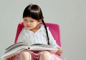 Selamat Hari Buku, Masihkan Generasi Muda RI Gemar Membaca?