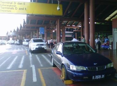 Lebih Tegas di Terminal 2, Mobil Soluna Digembok karena Asal Parkir