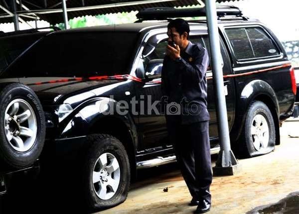 KPK Duga 6 Mobil Sengaja Dipindahkan dari Rumah LHI ke Markas PKS