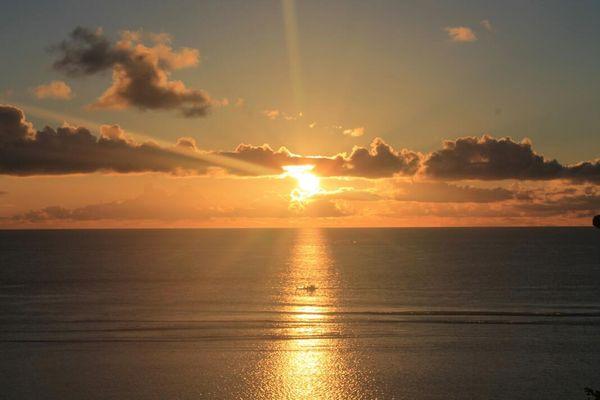 Sunset cantik di Sangihe
