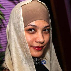 Pembajak Facebook Rachel Maryam Incar Cowok Kekar Jadi Korban