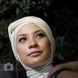 Gara-gara Akun Facebook Dibajak, Rachel Maryam Dianggap Perempuan Genit