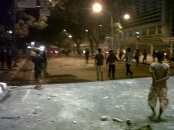 Mahasiswa Nommensen Bentrok dengan Polisi di Medan