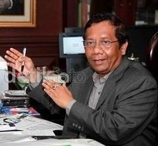 Setelah Dahlan Iskan, Kini Mahfud MD Jadi Bintang Iklan Jamu