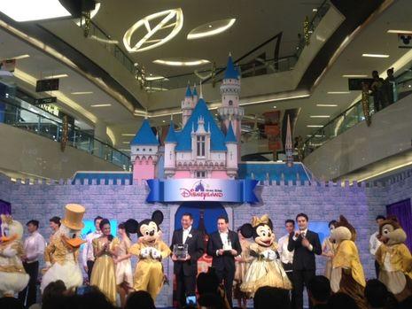 Yuk, Lihat Tokoh Disney dari Hong Kong di Lippo Mall Kemang