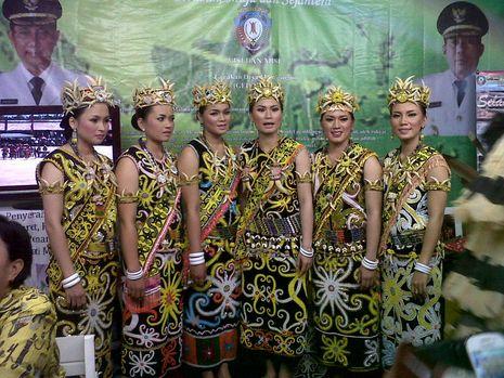 Keliling Indonesia di Gebyar Wisata & Budaya Nusantara 2013