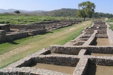 Kisah Kota yang Hilang di Negeri Phustun