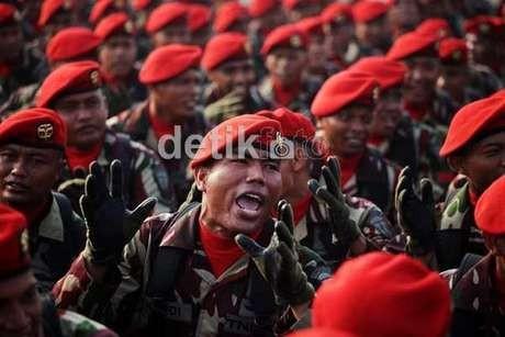 PNS dan Pekerja Wajib Berlatih Militer