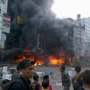 Toko Dibakar Massa Diduga Terkait Pilwakot Palembang, Polisi Siaga