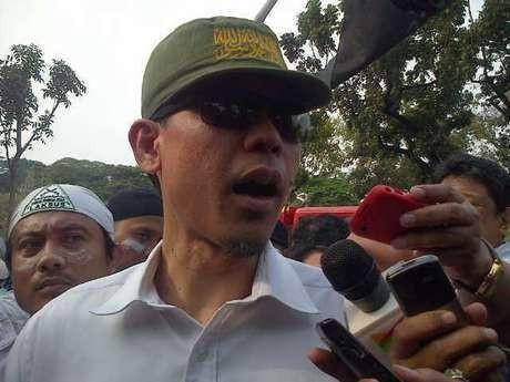 Jubir FPI Munarman Siram Sosiolog Tamrin Tomagola Saat Diskusi di TV One