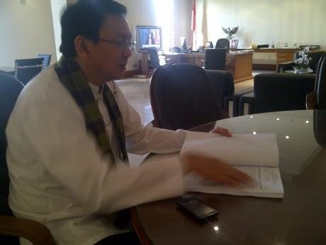 Ahok Sindir PKL Tanah Abang yang Nakal: Kalau Mau Enak Dagang di HI