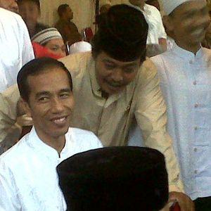 Berkemeja Putih, Jokowi Hadiri Acara 40 Hari Meninggalnya Taufiq Kiemas