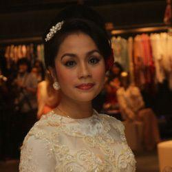 \Wanita Indonesia Akan Makin Cantik Kalau Pakai Kaftan\