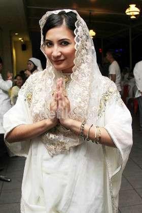 Artis-artis yang Masuk Islam