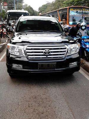 Polisi Imbau Petugas TransJ yang Dipukul Pengemudi Land Cruiser Melapor