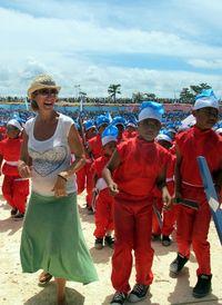 Berbarengan dengan kedatangan para peserta Sail Komodo 2013, acara ini juga diramaikan oleh wisatawan asal luar negeri yang menjadi peserta. Semua turis asing ini sangat antusias dengan festival nan heboh ini (Shafa/detikTravel)