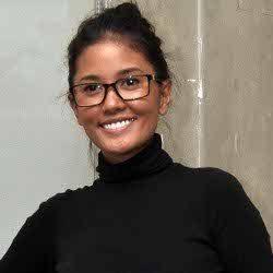 Titi Rajo Bintang dan Wong Aksan Liburan Bersama Demi Anak