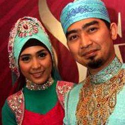 Kebahagiaan Ustad Solmed dan April Jasmine Mengurus Putra Tercintanya