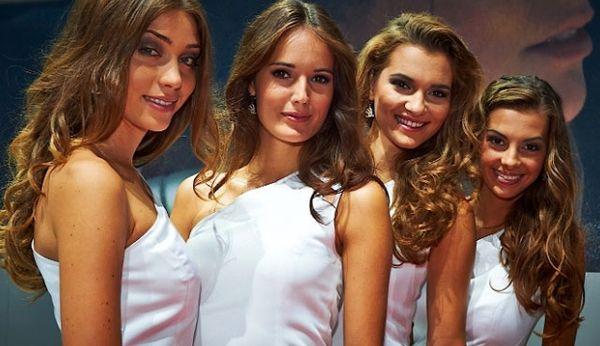 http://images.detik.com/customthumb/2013/09/12/647/Wanita-Cantik-1.jpg?w=600