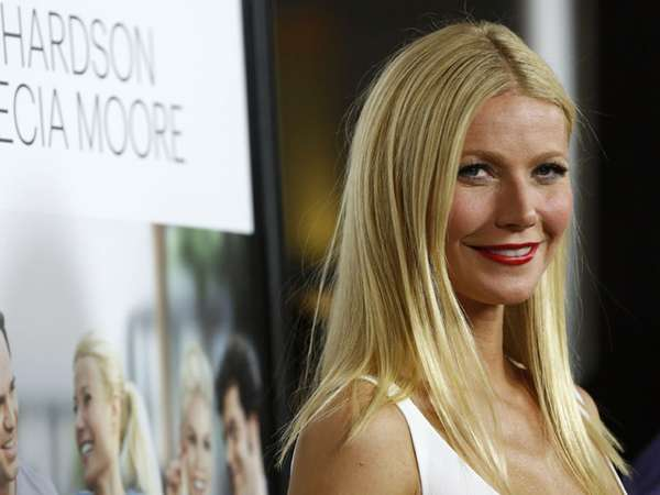 Simply White Gwyneth Paltrow