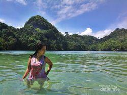 Basah-basahan di Pulau Sempu, Segar!