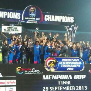 Dua Gol Penalti Gumbs Antar Arema Juara Piala Menpora