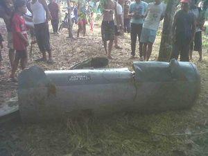Tabung Diduga Tangki Pesawat Tempur Ditemukan di Kebun di Inhu Riau