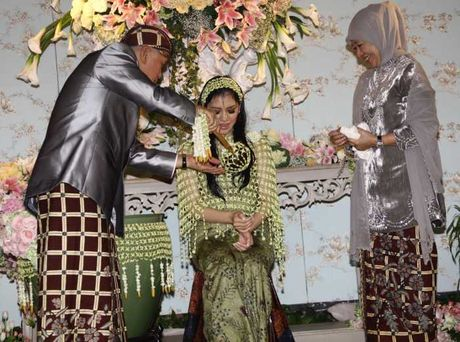 Pernikahan Azima Rajasa Dan Audy Satria Wardhana