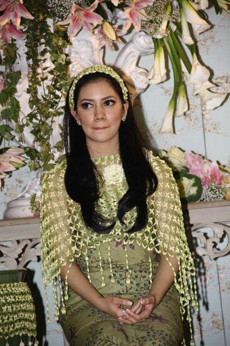 FOTO ACARA SIRAMAN SITI NOOR AZIMA RAJASA Pernikahan Azima Rajasa Dan Audy Satria Wardhana