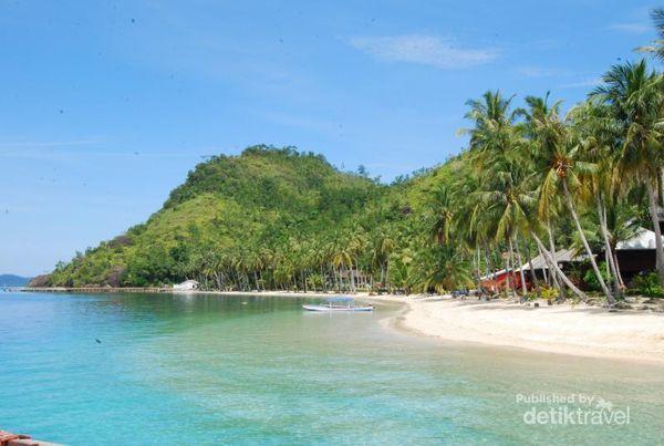 Wisata Dunia Alam Minang Kabau Pulau Sikuai Di Sumatera Barat