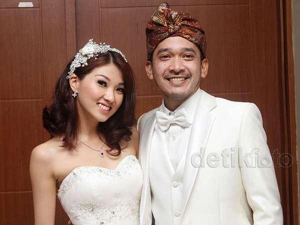 Momen-momen Indah Ruben Onsu dan Wenda Tan