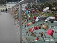 Salzburg, kota yang tenang di perbatasan Austria