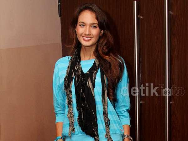 Cerita Nadine Chandrawinata Syuting Film Sagarmatha