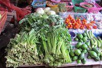Pasar itu terbagi jadi beberapa bagian sesuai dagangan. Ada pasar sayur, pasar ikan, pasar pisang, sampai barang-barang kebutuhan rumah tangga (Sastri/detikTravel)