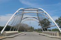 Perbatasan RI-Timor Leste terletak sekitar 1 jam perjalanan dari Kota Atambua. Ini adalah gerbang resmi perbatasan, yang terletak persis di tepi pantai (Sastri/ detikTravel)