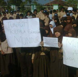 Protes Kepala Sekolah yang Kasar, Siswa SMP di Garut Mogok Belajar