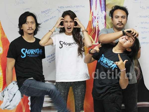 Nadine Chandrawinata Promosi Film Sagarmatha