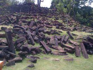 Deddy Mizwar Bertandang ke Gunung Padang, Ada Apa?