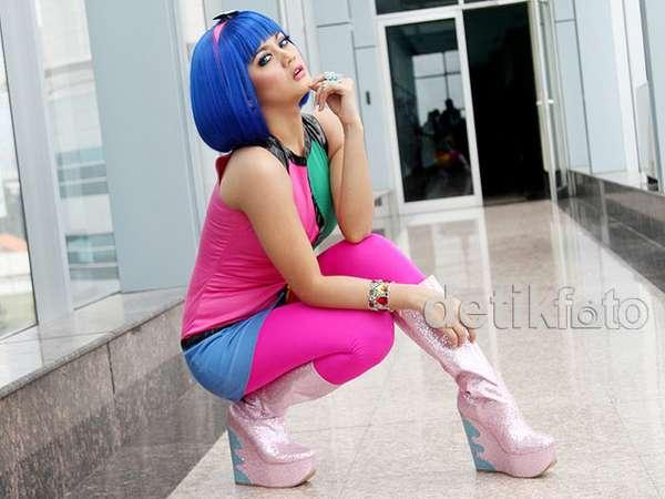 Jenita Janet Warna-warni Bak Katy Perry